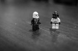 Two Star Wars minifigures with their masks & bodies switched.