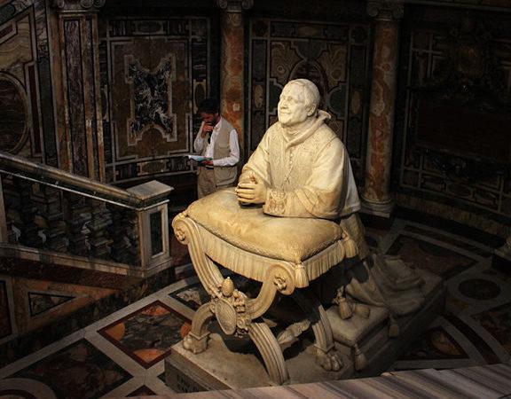 Statue of Pope Pius IX in Basilica di Santa Maria Maggiore, Rome, Italy