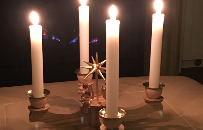 Picture: Lit Advent Candles © 2018 by Uli Chi